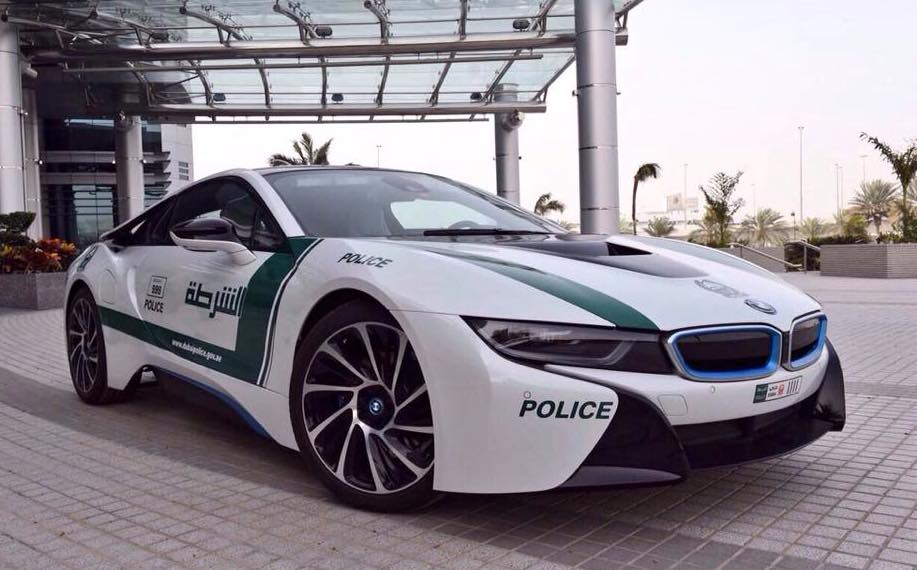 Dubai-Police-car-BMW-i8