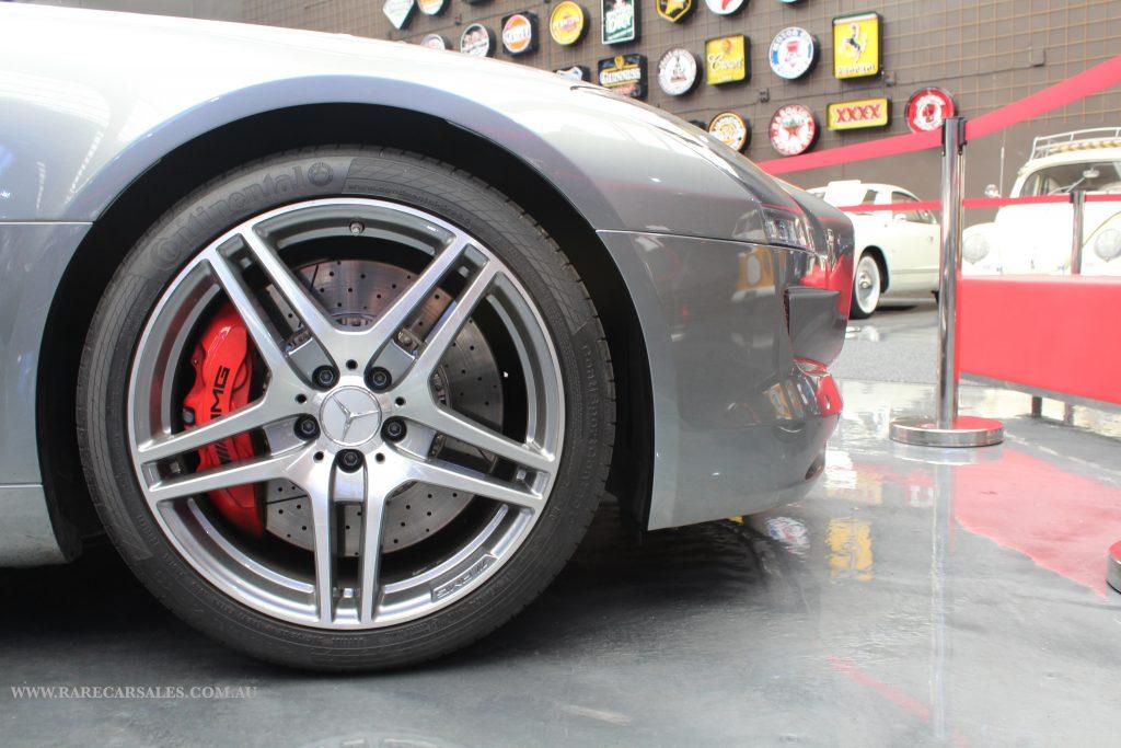 Mercedes SLS 2011 3