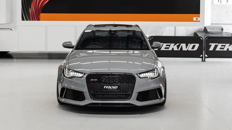 Nardo Grey Audi RS6 with Black Badge and Black Grille