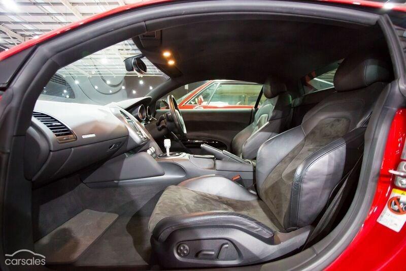 Audi R8 Alcantara Interior
