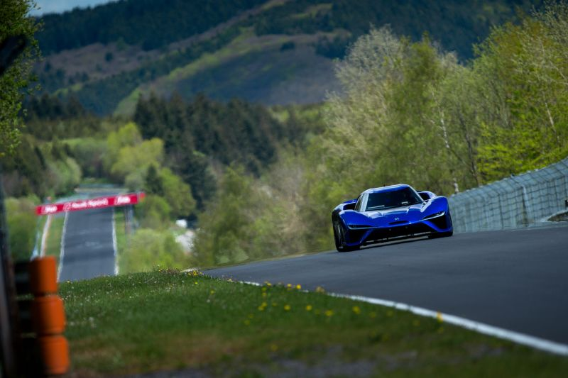 NIO EP9 on its record lap at the Nurburgring