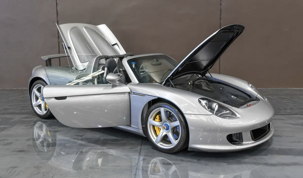 Porsche Carrera GT Open Bonnet and Open Engine Cover