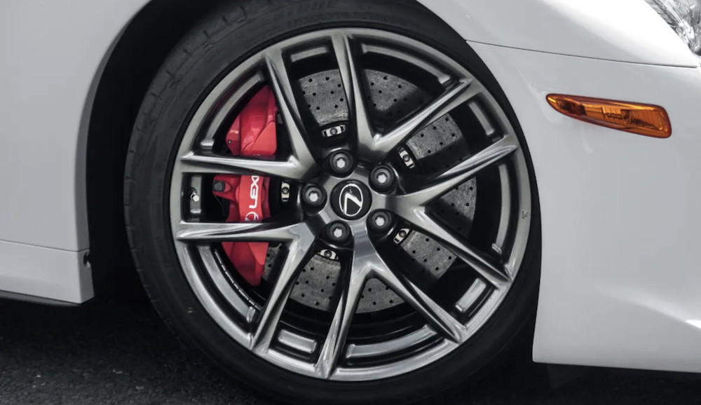 Lexus LFA Ceramic Brakes and Red Brake Calipers