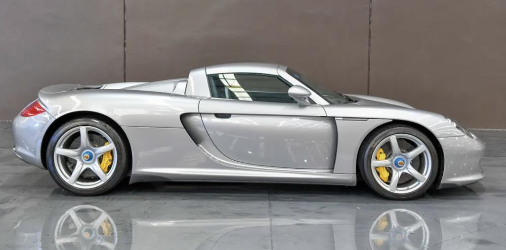 Porsche Carrera GT Side Profile
