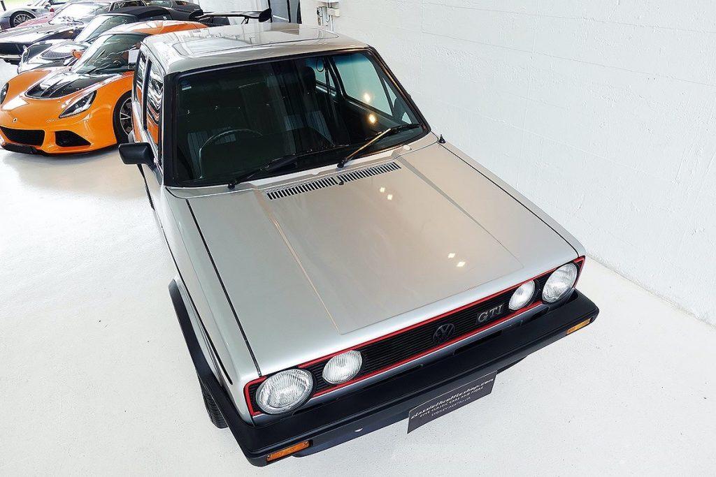 Golf GTI Mk1 Top of Bonnet